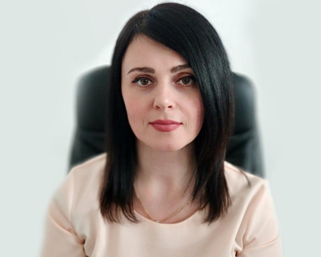 Салихова Лариса Анатольевна